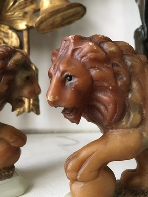 A pair of small size Lions in Alabaster, French 19th Century